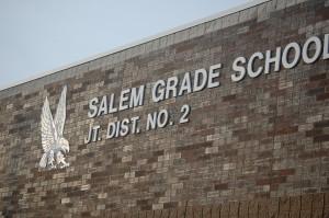 salem-school-bldg-close