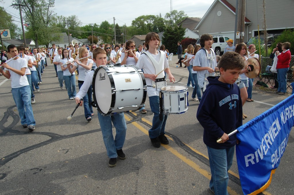 The hometown marching band from Riverview School.