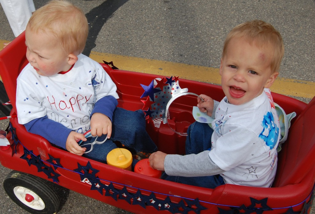 These two little guys were with the Headstart entry.