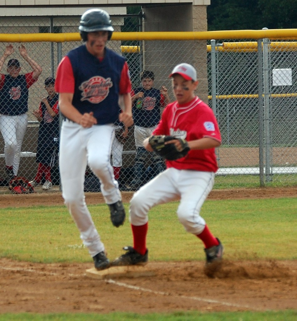 This Franklin runner was safe at first.