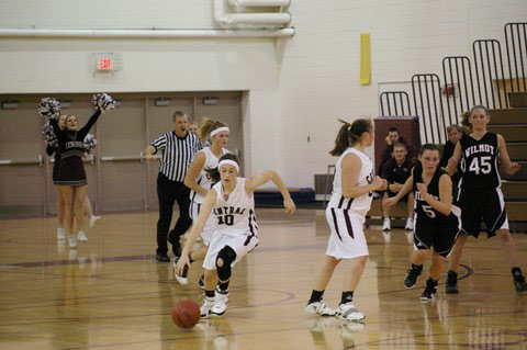 Cetnral's Abbey Reeves steals the ball in the last seconds. /David Thoss photo