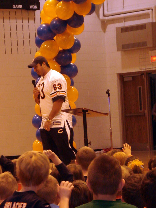 Chicago Bear Roberto Garza speaks at an assembly at Bristol School Tuesday.