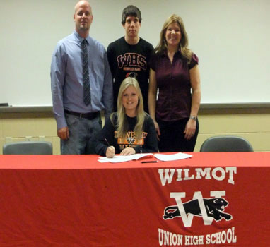 Cora Rogalski with her parents Christopher and Kathryn and her brother Albert. /Contributed photo