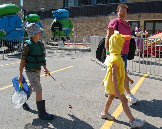 2013-kids-parade-25