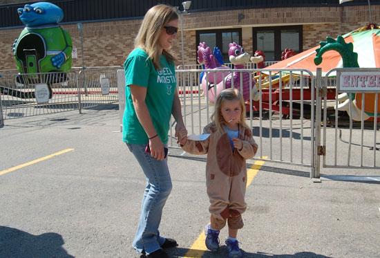 2013-kids-parade-26