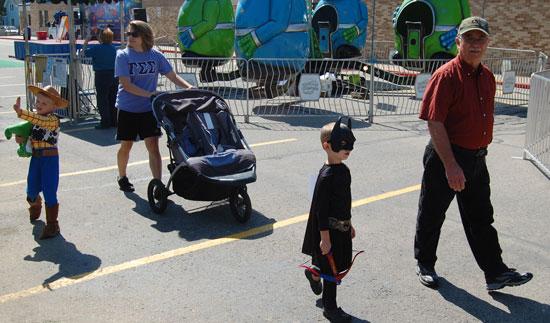 2013-kids-parade-28