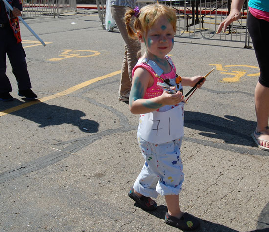 2013-kids-parade-9