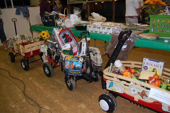 2013-pie-auction-2