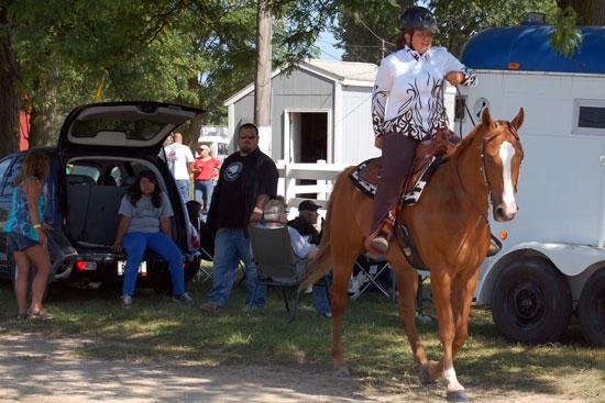 2013-sat-horse-1