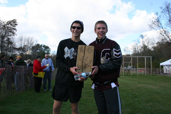 Central boys individual qualifiers Jacob Heibor (left) and Shane McNealy. /Nicolas Keller photo