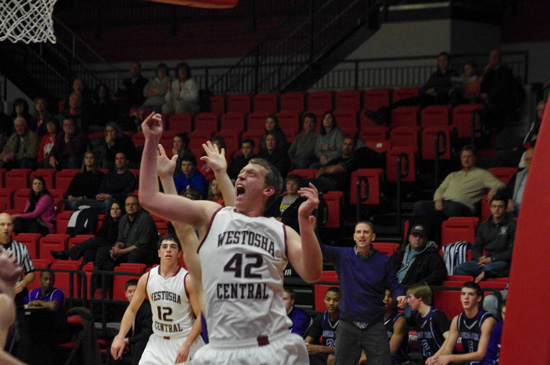 Ben Gravely reacts to getting fouled. /David Thoss photo