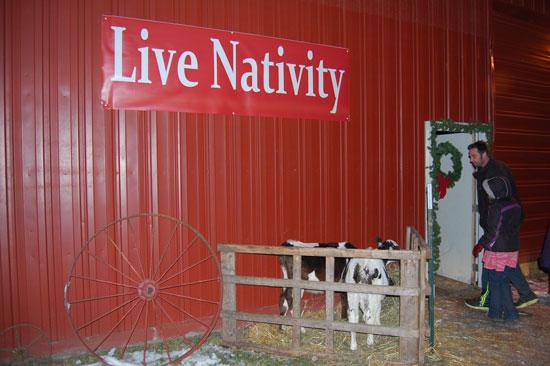 oakvue-farm-live-nativity-2013-1