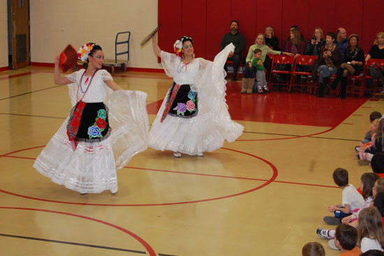 pars-mexican-dancing-4