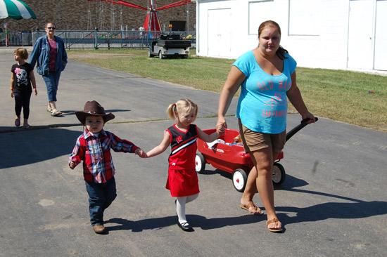 2014-fair-childrens-parade-25