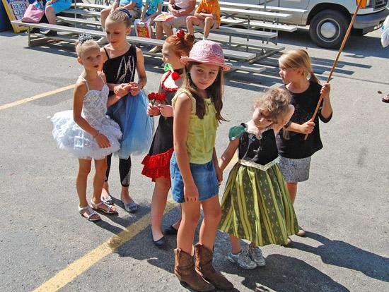 2014-fair-childrens-parade-4