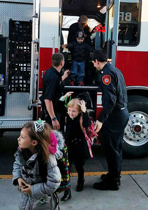 bristol-school-fire-truck-ride-8