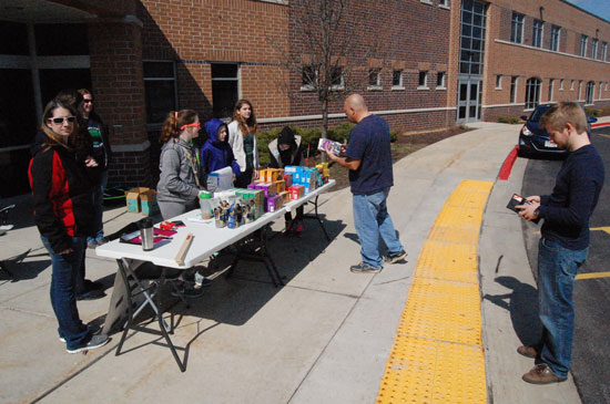 girls-scouts-salem-drive-through-cookies-2016-2